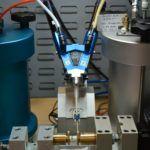 preeflow eco-DUO450 für die hochpräzise Produktion der FiresafeTM Kanülen Ventile von BPR Medical