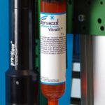 Panacol Vitralit® Klebstoff mit preeflow Dosiertechnologie.