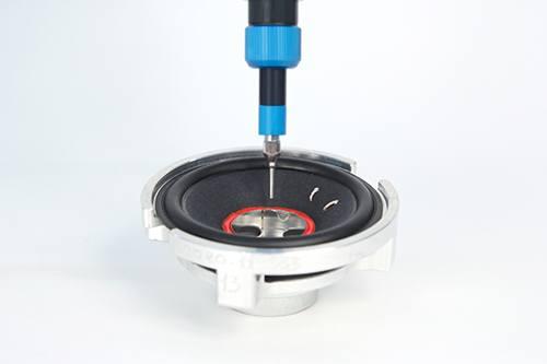 Lautsprecherherstellung mit Preeflow Bonding